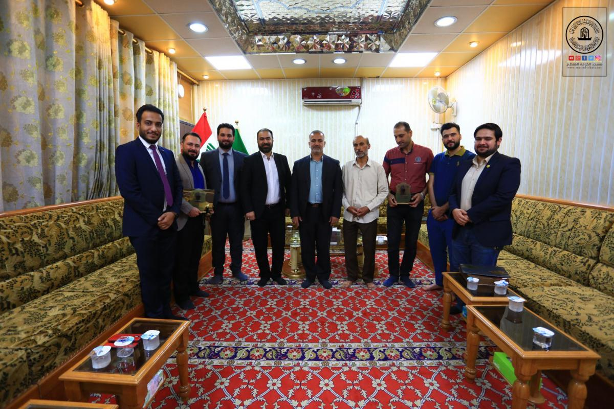Alkufa Grand Mosque secretary –general  honors winners of 4th Iraqi Broadcasts Contest held by Saferu Alhussein ( AS) Broadcast