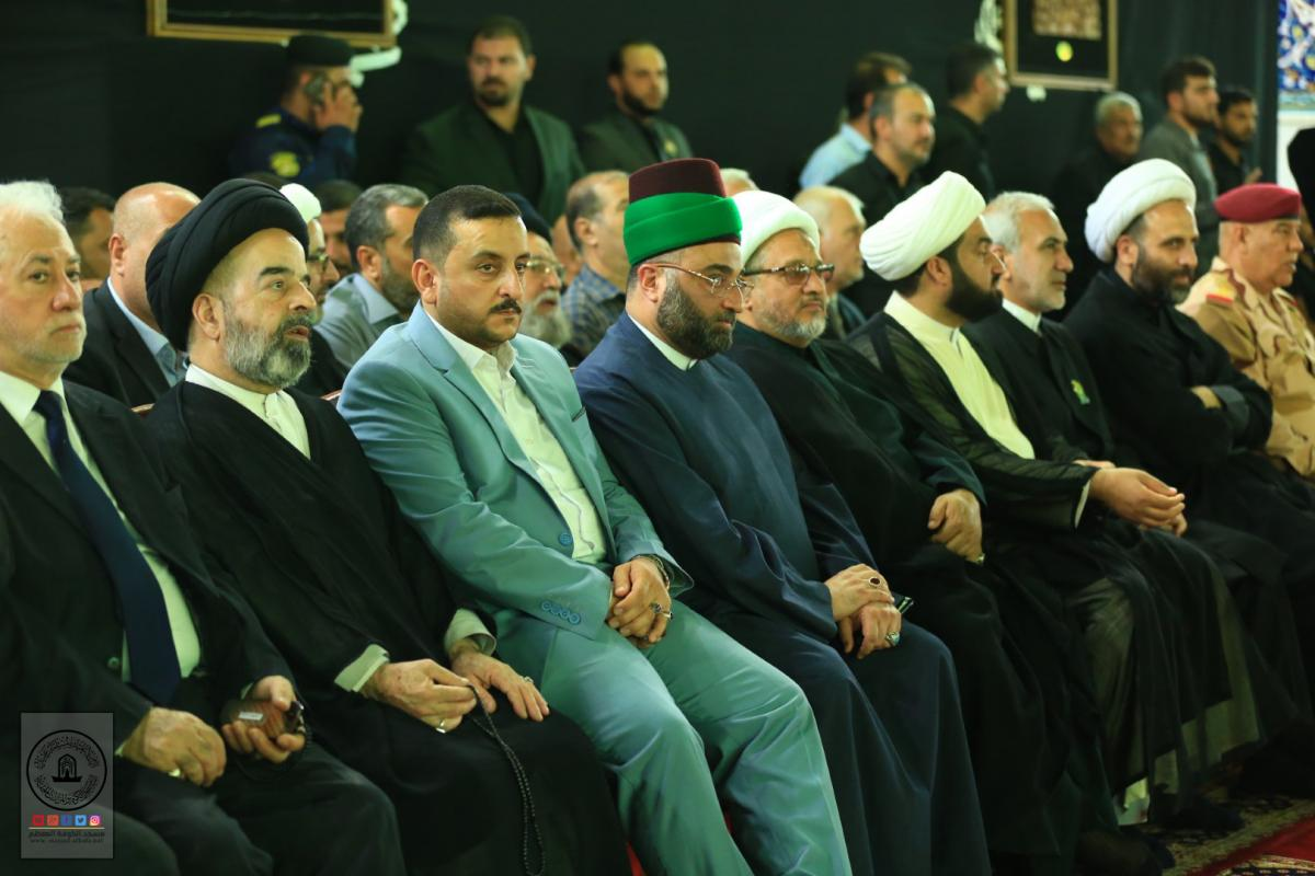 In Pictures : Delegation of Alkufa Grand Mosque Secretariat attends ceremonies of changing Imam Ajawad's banner on occasion of his martyrdom