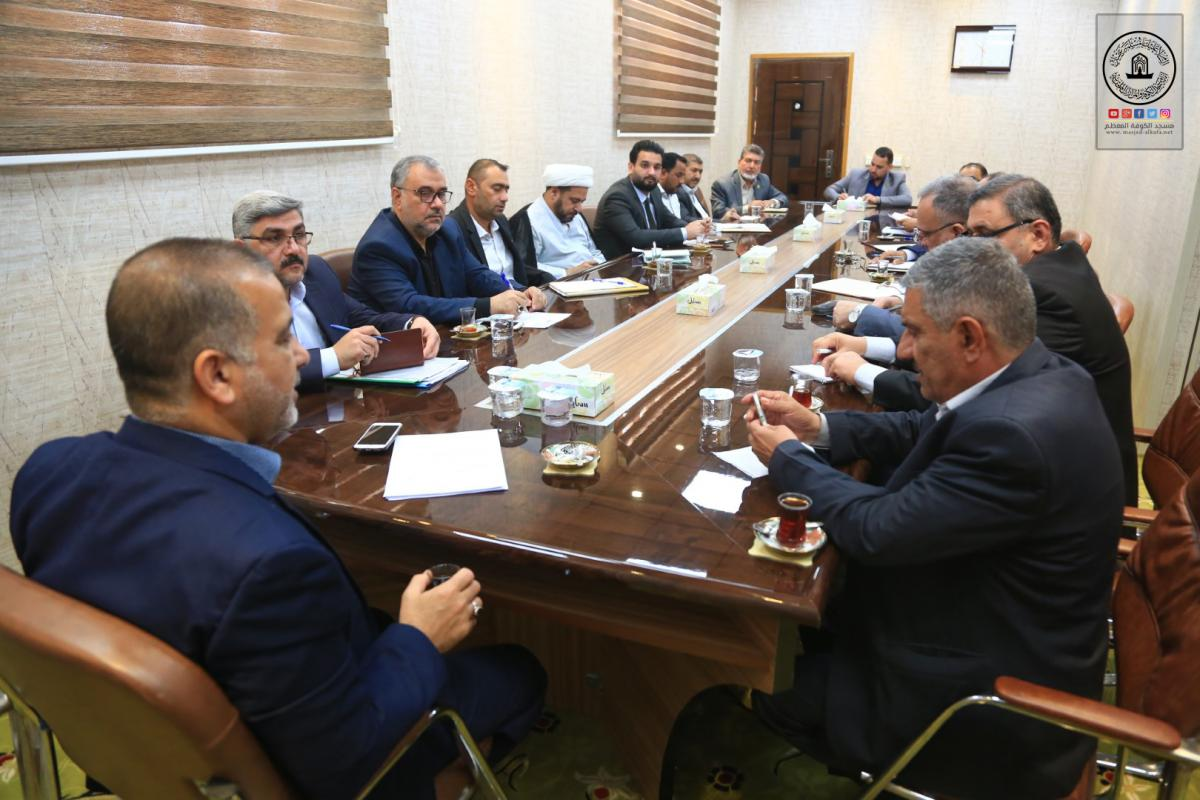 Secretary- General of Alkufa Grand Mosque holds meeting with heads of departments on arrangements of Moslem's bin Aqeel Martyrdom