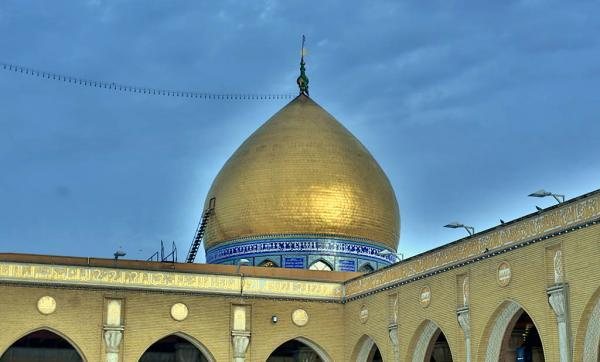 Engineering Cadres of Alkufa Grand Mosque Secretariat finishes rehabilitation works of Moslim's bin Akeel ( A.S) dome