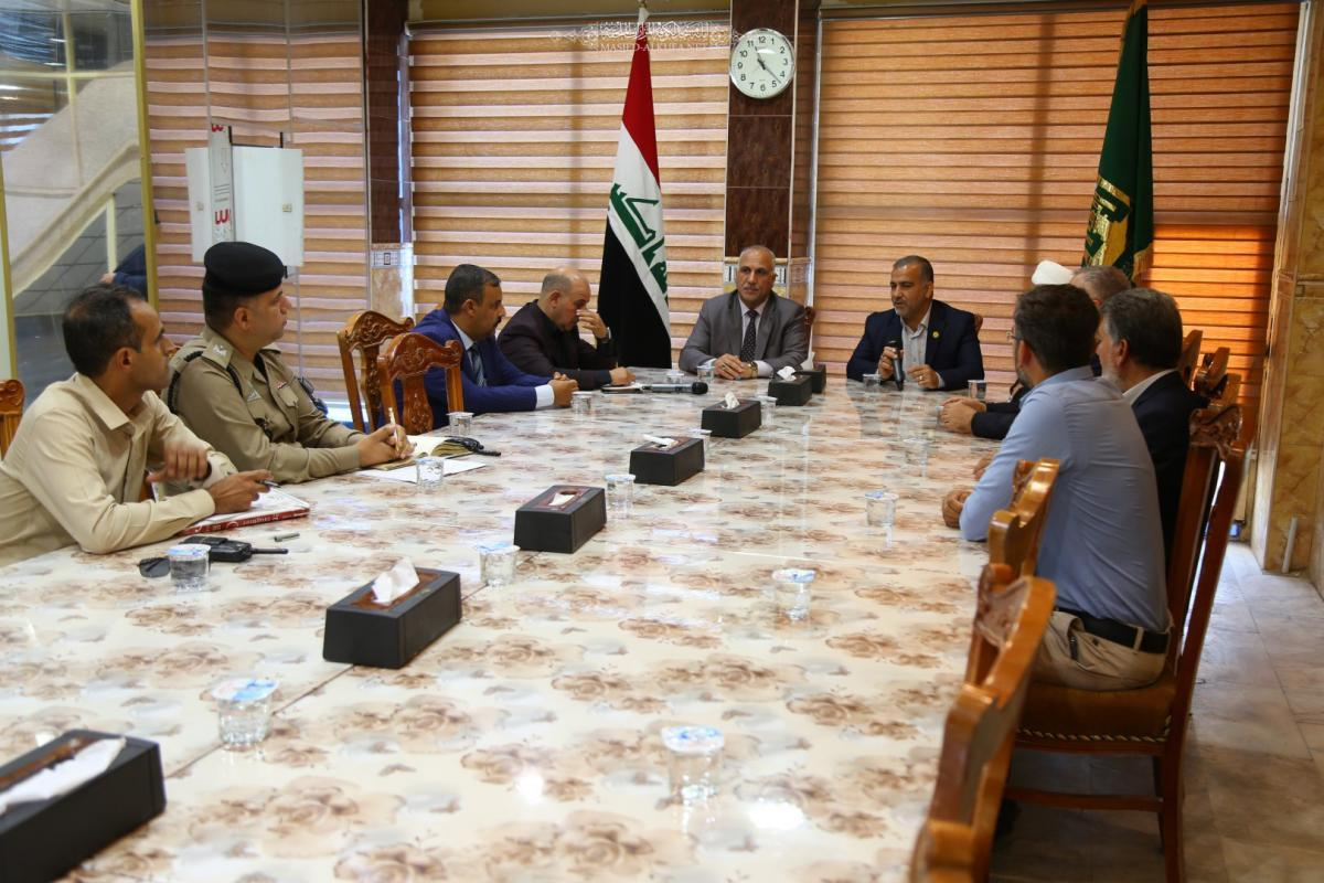 Alkufa Grand Mosque Secretariat discusses means of cooperation with services departments in Kufa City during occasions of Moslem's bin Aqeel Martyrdom