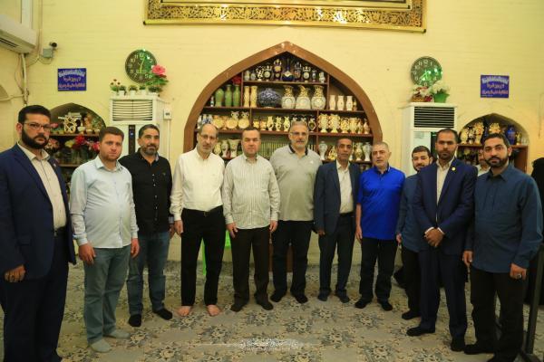نواب لبنانيون يتشرَّفون بزيارة مسجد الكوفة المعظم والمراقد الطاهرة جواره ويطلِّعون على معالمها التراثية والتأريخية