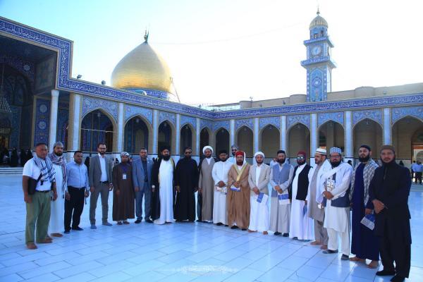وفد علمائي يتشرَّف بزيارة مسجد الكوفة المعظم برفقة ديوان الوقف الشيعي