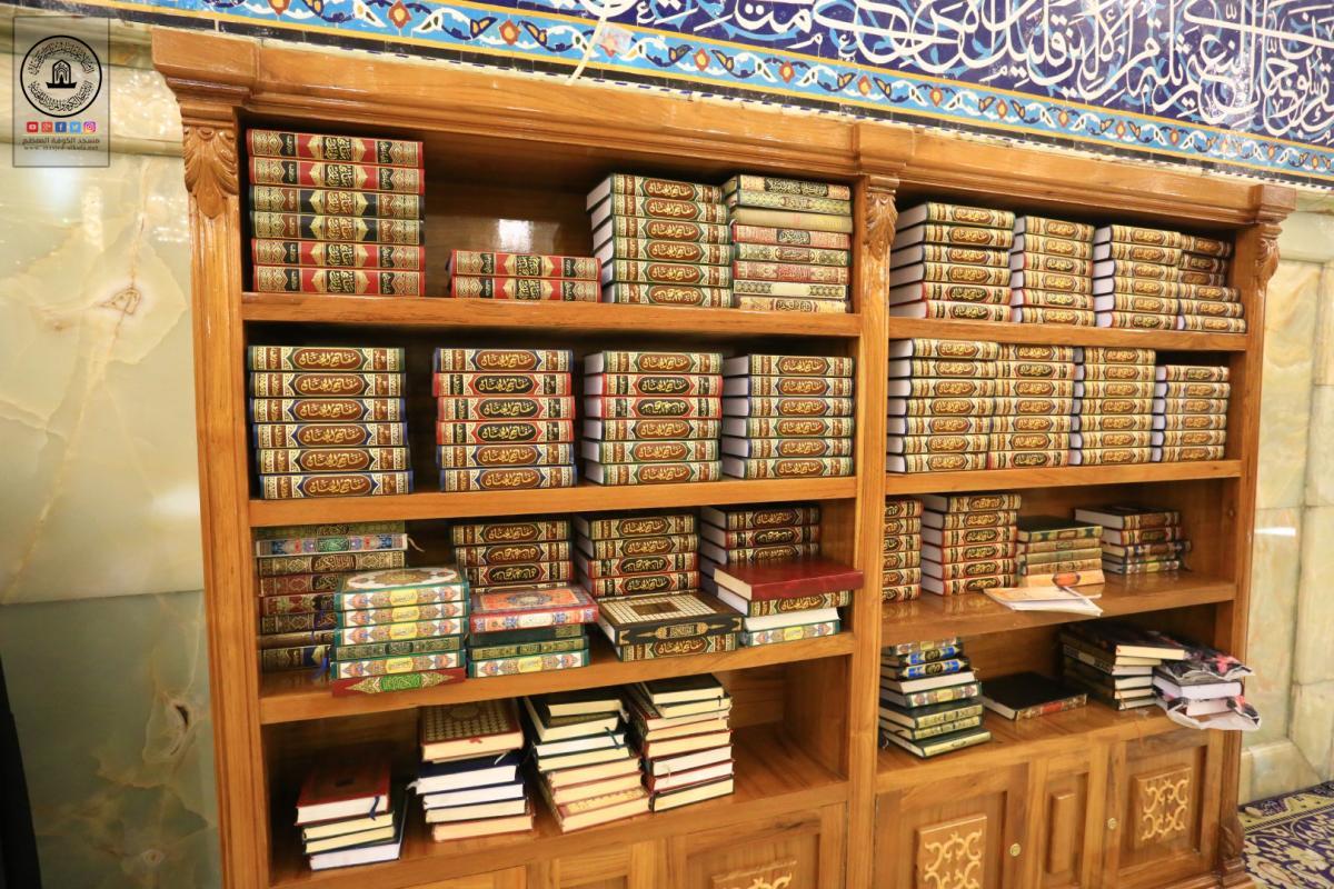 وحدة النجارة تصنع عدد من المكتبات لحضرة مسلم بن عقيل (عليه السلام) ومسجد الكوفة المعظم