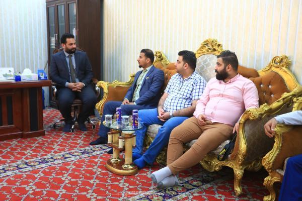 رئيس قسم اعلام أمانة مسجد الكوفة يستقبل وفد الإعلام والاتصالات ويناقش آليات التعاون