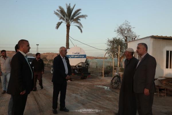 أمين مسجد الكوفة يتفقّد مزرعة السفير الثانية ويؤكد على النهوض بواقع الإنتاج الزراعي