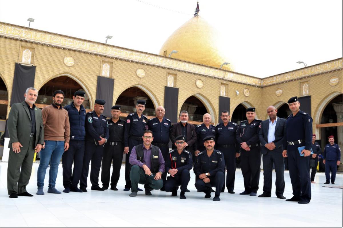 أمين مسجد الكوفة يستقبل مدير الدفاع المدني ويشيد بالتنسيق في تنفيذ الخطة الامنية