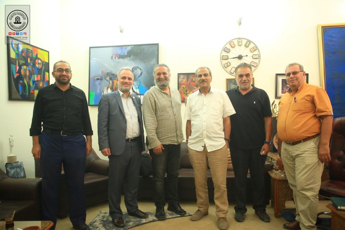رئيس القسم الثقافي في أمانة مسجد الكوفة يتفق على عرض نتاجات مهرجان السفير الثقافية في بغداد