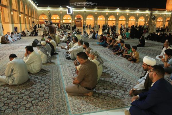 بالصور ..  المحاضرة الأسبوعية التوعوية والإرشادية في مسجد الكوفة المعظَّم