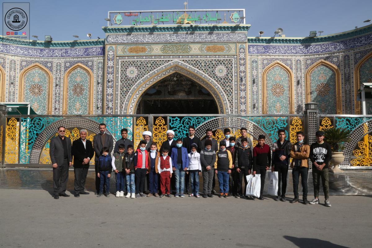 وحدة حفظ القرآن الكريم في مسجد الكوفة ترعى زيارة الطلبة الحفاظ لكربلاء المقدسة