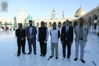 السفير الهندي في بغداد والوفد المرافق له يتشَّرف بزيارة مسجد الكوفة المعظم والمراقد الطاهرة جواره ويطلِّع على معالمها التاريخية والتراثية