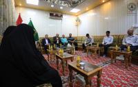 أمين مسجد الكوفة يكرِّم خريجي مركز سفير الحسين (ع) لمحو الامية