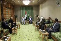 امين مسجد الكوفة يستقبل وفد تربوي وإشادة بجهود الأمانة لدعمها المؤسسات التعليمية