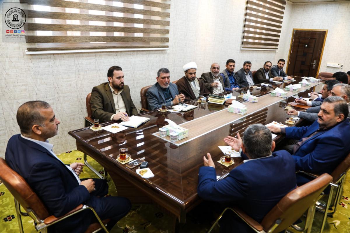 نظراً للظرف الصحي الراهن.. أمين مسجد الكوفة يعقد اجتماعاً لمناقشة الإجراءات الوقائية