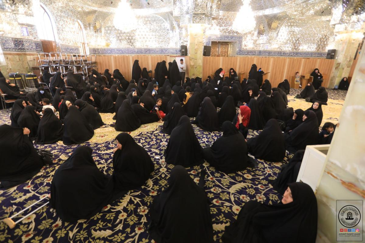 بحلول عيد الفطر المبارك .. مركز ايتام السفير يوزع مساعدات مالية على العوائل المسجلة