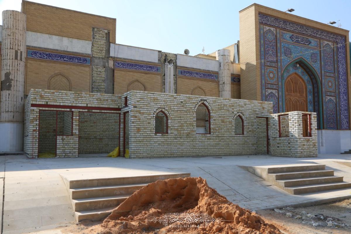 القسم الهندسي في أمانة مسجد الكوفة ينشئ وحدات تفتيش جديدة قرب باب المراد
