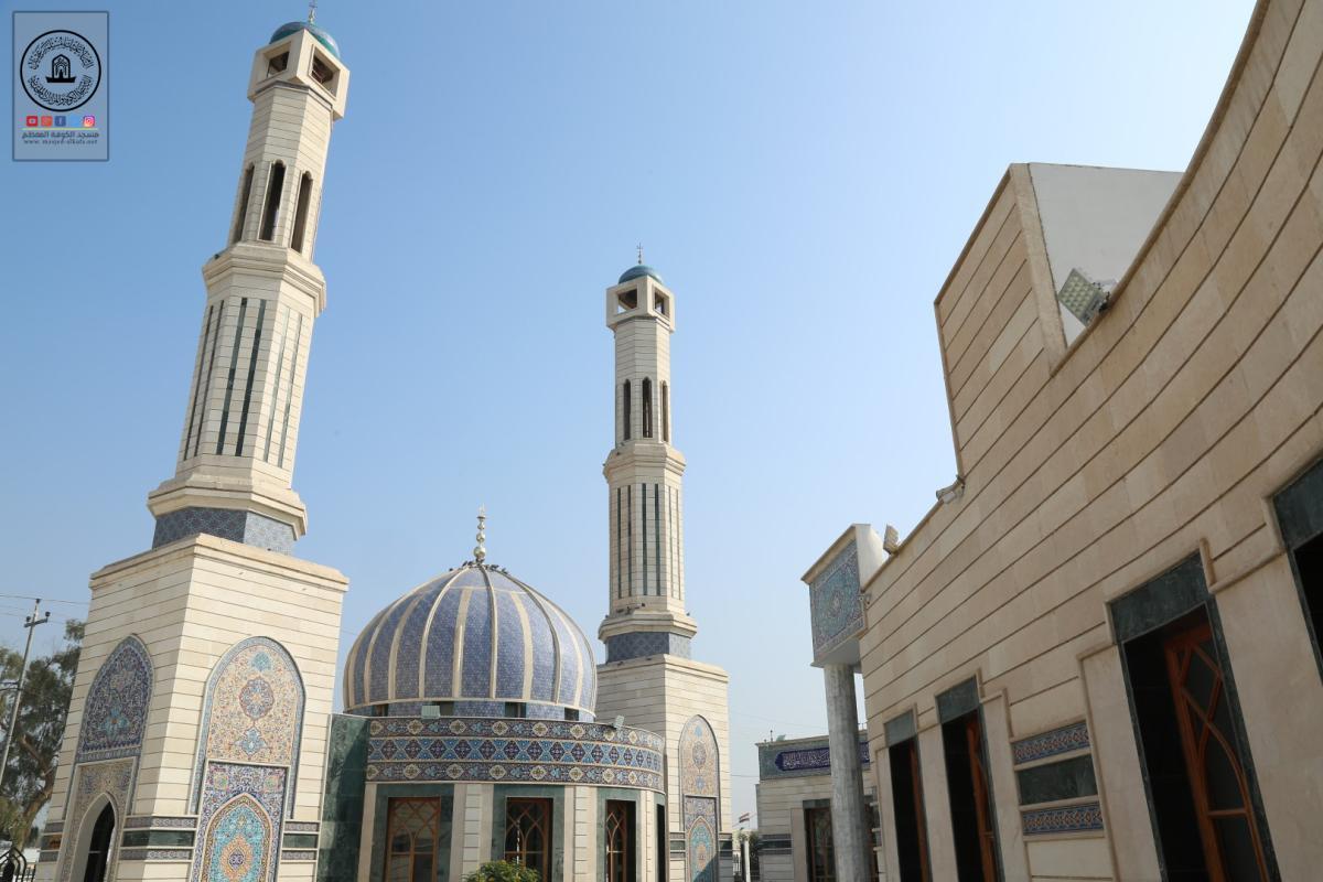 الكوادر الفنية في أمانة مسجد الكوفة المعظم تواصل العمل بمشروع تنصيب شبَّاك مزار مقام النبي يونس (عليه السلام) في مسجد الحمراء.