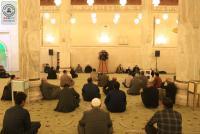 المؤمنون يحيون ذكرى شهادة الإمام الهادي (عليه السلام) في مسجد الكوفة المعظم