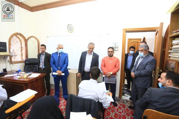طلبة مركز سفير الحسين (ع) لمحو الأمية يؤدون امتحانات نصف السنة بنجاح