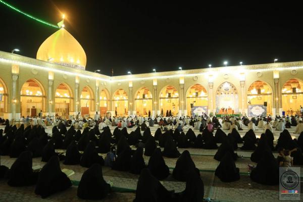 بحضور إيماني كبير .. إقامة الختمة القرآنية المسائية الرمضانية في مسجد الكوفة المعظم