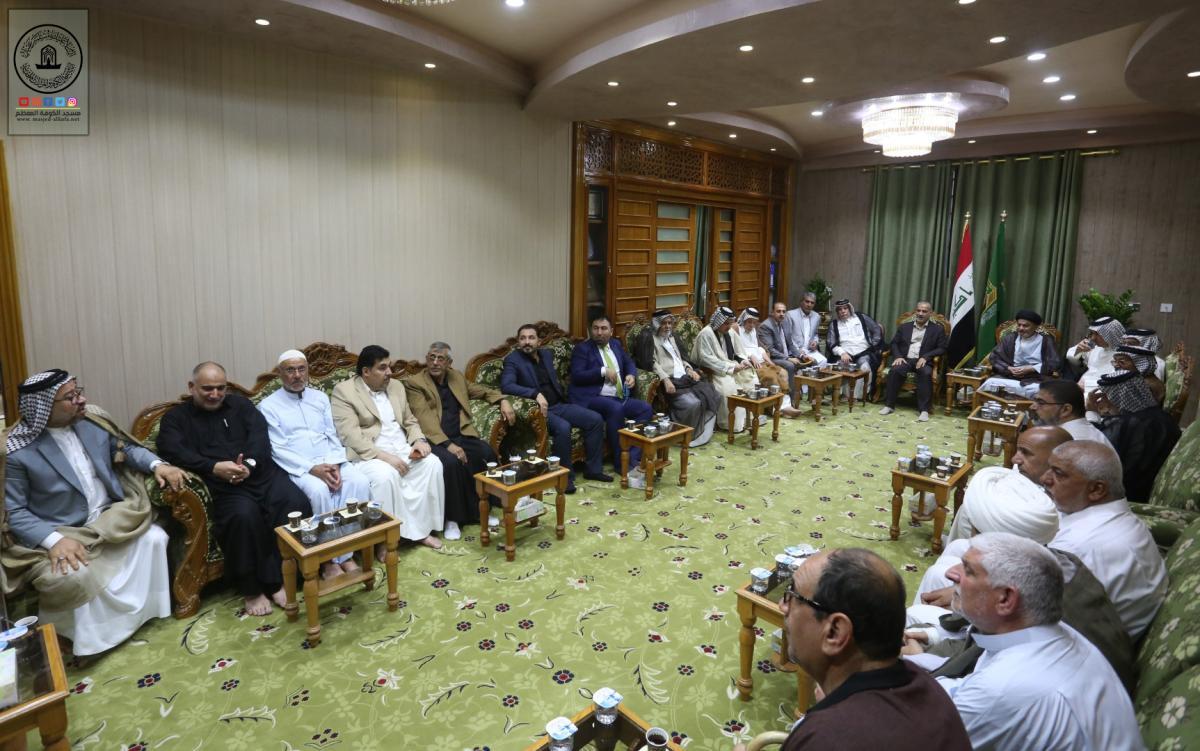 أمين مسجد الكوفة يستقبل وجهاء واعضاء موكب النجف الاشرف