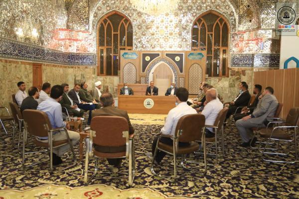 أمين مسجد الكوفة يناقش استعدادات احياء عيد الغدير الاغر وذكرى الاربعين