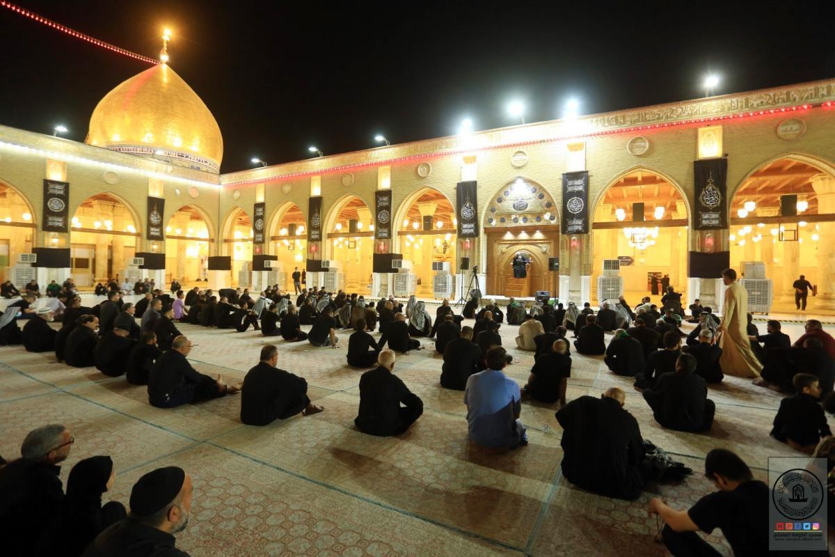 أمانة مسجد الكوفة تواصل إقامة مجلس العزاء العاشورائي إحياءً لذكرى شهداء الطف الخالدة