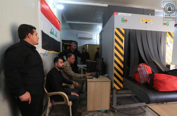 جهود استثنائية لشعبة تفتيش الزائرين والحقائب في مسجد الكوفة المعظم خلال زيارة أربعينية الإمام الحسين (ع)
