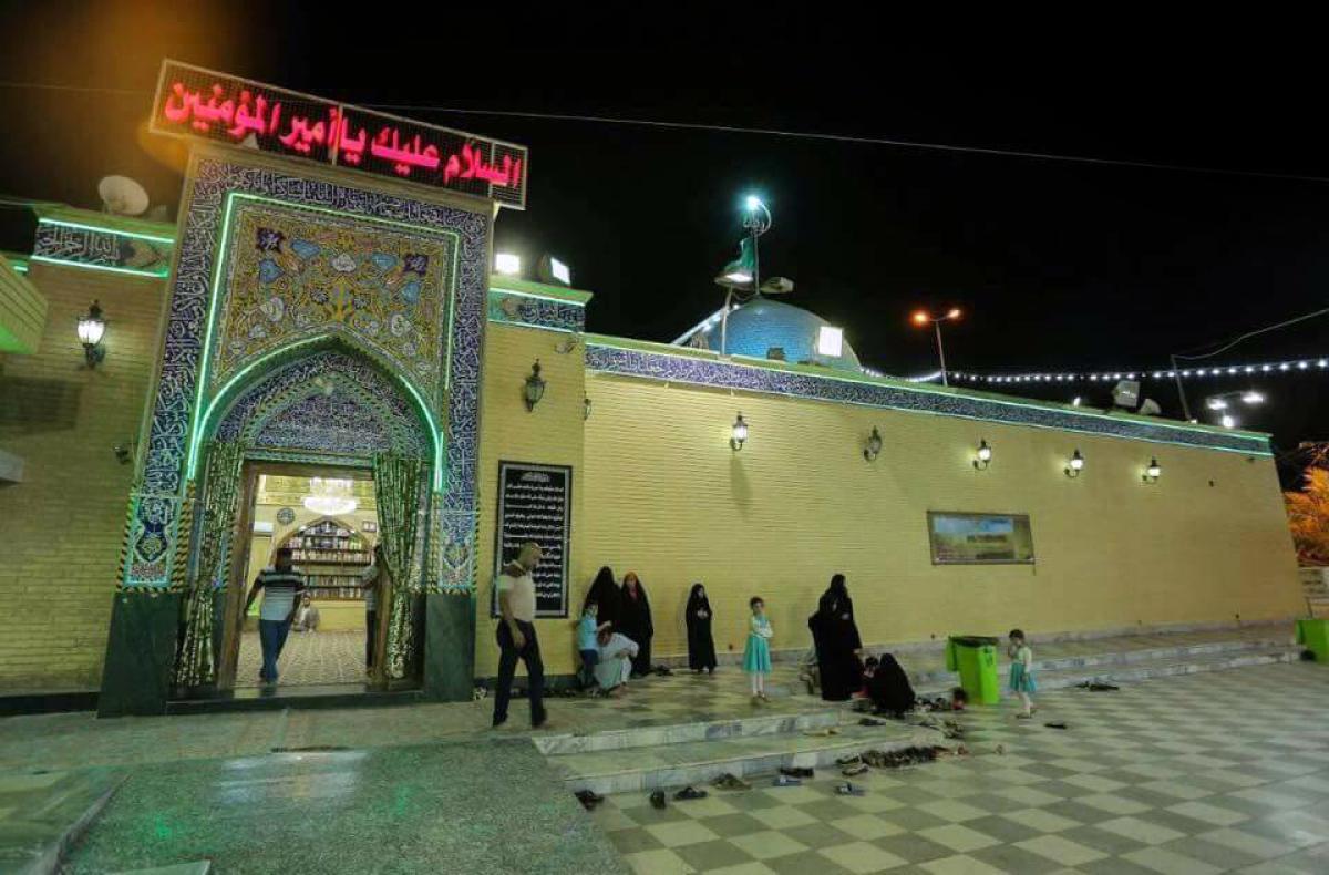 أمانة مسجد الكوفة تباشر بضم مزار دار الإمام علي (عليه السلام) تحت إدارتها