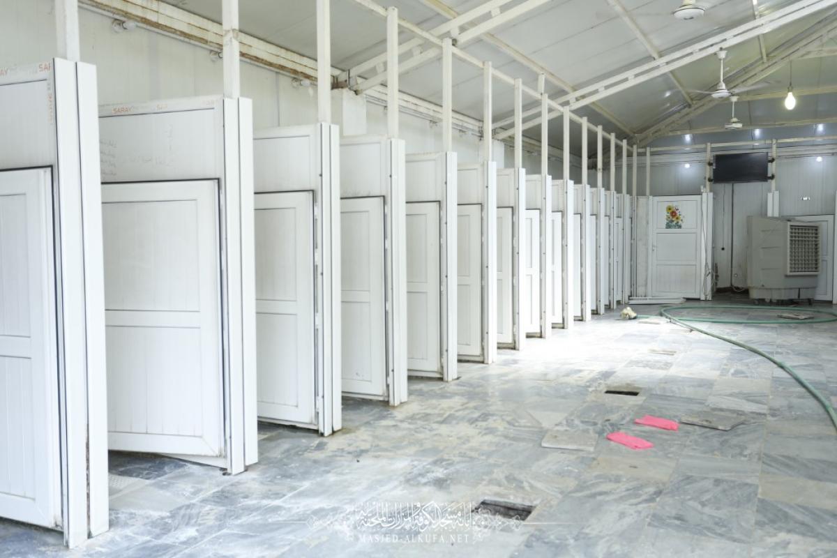 قسم الخدمات في امانة مسجد الكوفة المعظم يواصل استعداداته لاستقبال زوار اربعينية الإمام الحسين (عليه السلام)