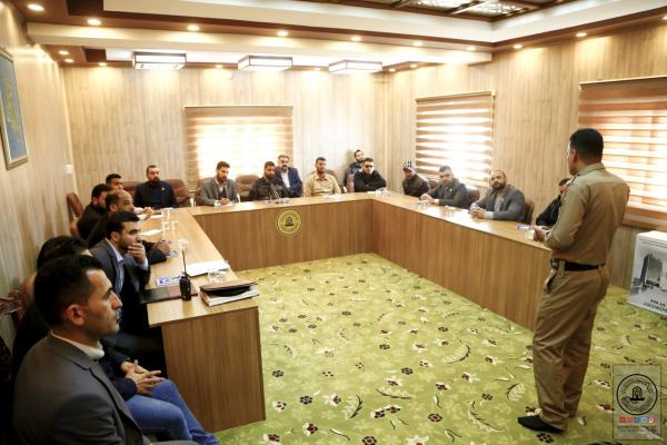 لحماية الزائرين والممتلكات .. دورة تدريبية في أمانة مسجد الكوفة بالتعاون مع مديرية الدفاع المدني