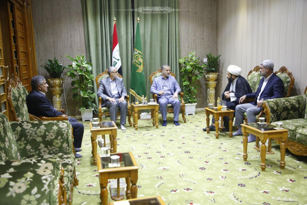 أمين مسجد الكوفة يستقبل ممثل هيئة الحج والعمرة في النجف الأشرف