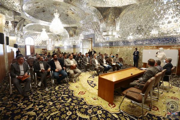 أمين مسجد الكوفة يؤكد على اجراءات الوقاية من خطر كورونا ويقلص دوام العاملين الى 50%