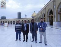 سفير الامم  المتحدة لشؤون الاغذية والزراعة يتشرف  بزيارة مسجد الكوفة المعظم والمراقد الطاهرة جوارة ويطلع على معالمها التاريخية والتراثية