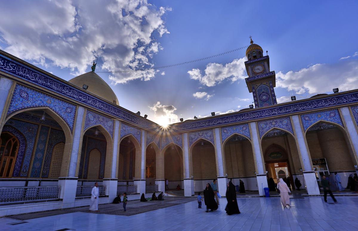الغروب من حضرت مسلم بن عقيل (ع) والقبة الذهبية
