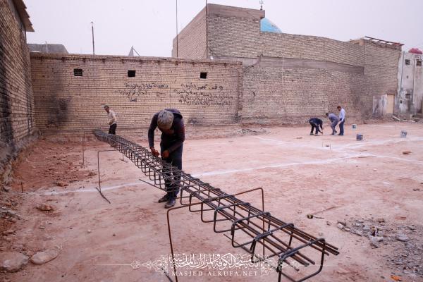من اجل توفير الخدمات للزائرين .. الكوادر الهندسية تشرع بإنشاء مجاميع صحية قرب مسجد الكوفة المعظم