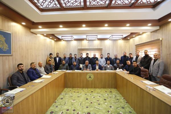 اختتام دورة التنمية البشرية لخدمة مسجد الكوفة المعظم وتوزيع شهادات المشاركة