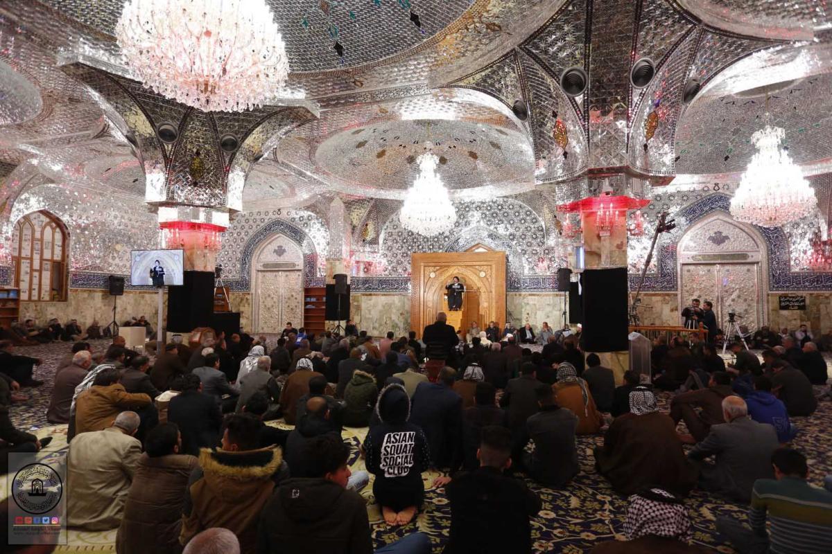 بذكرى شهادة الزهراء (عليها السلام) يستمر مجلس العزاء في مسجد الكوفة المعظم