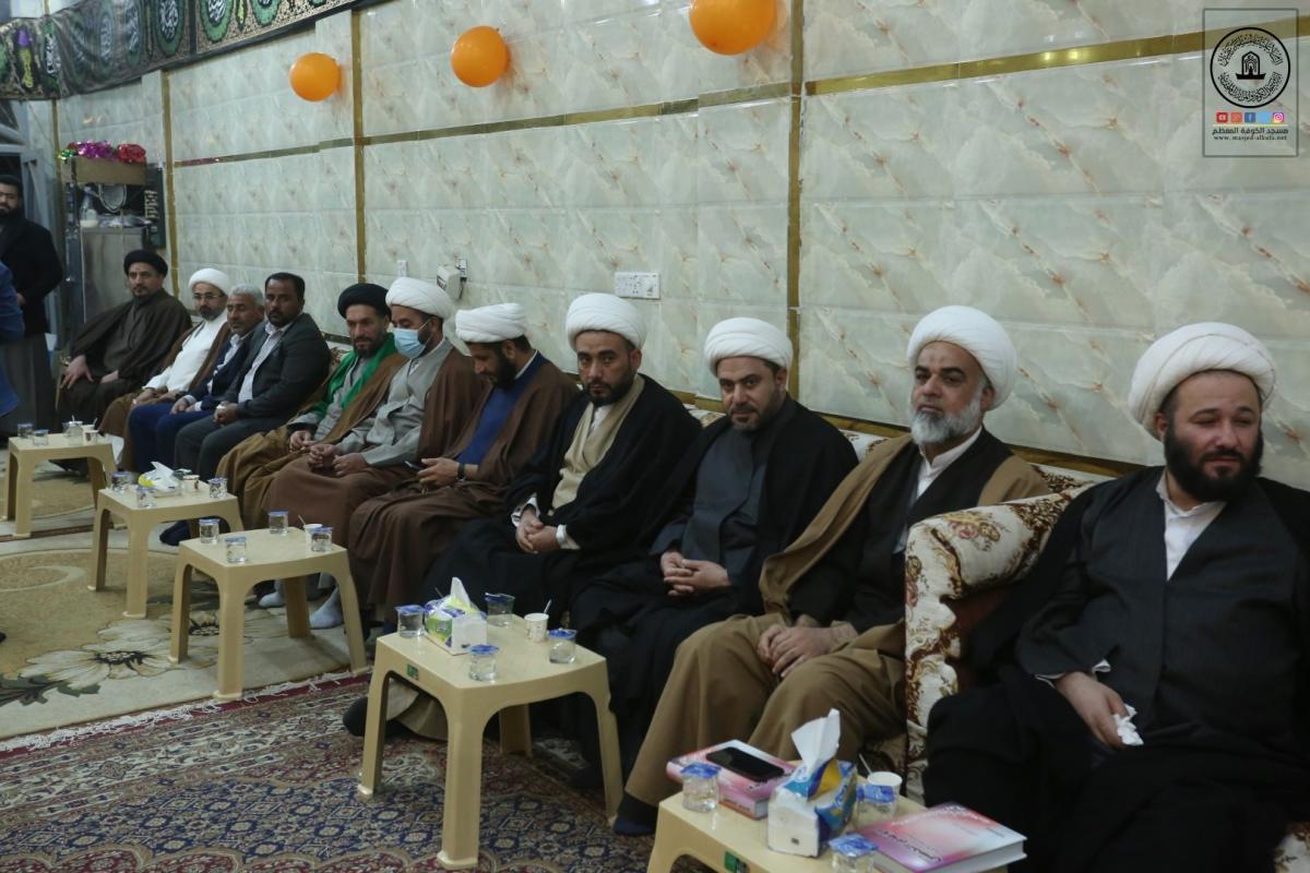 وفد أمانة مسجد الكوفة يشارك رابطة الخطباء الحسينيين حفلهم الإيماني بذكرى ولادة الزهراء (ع)