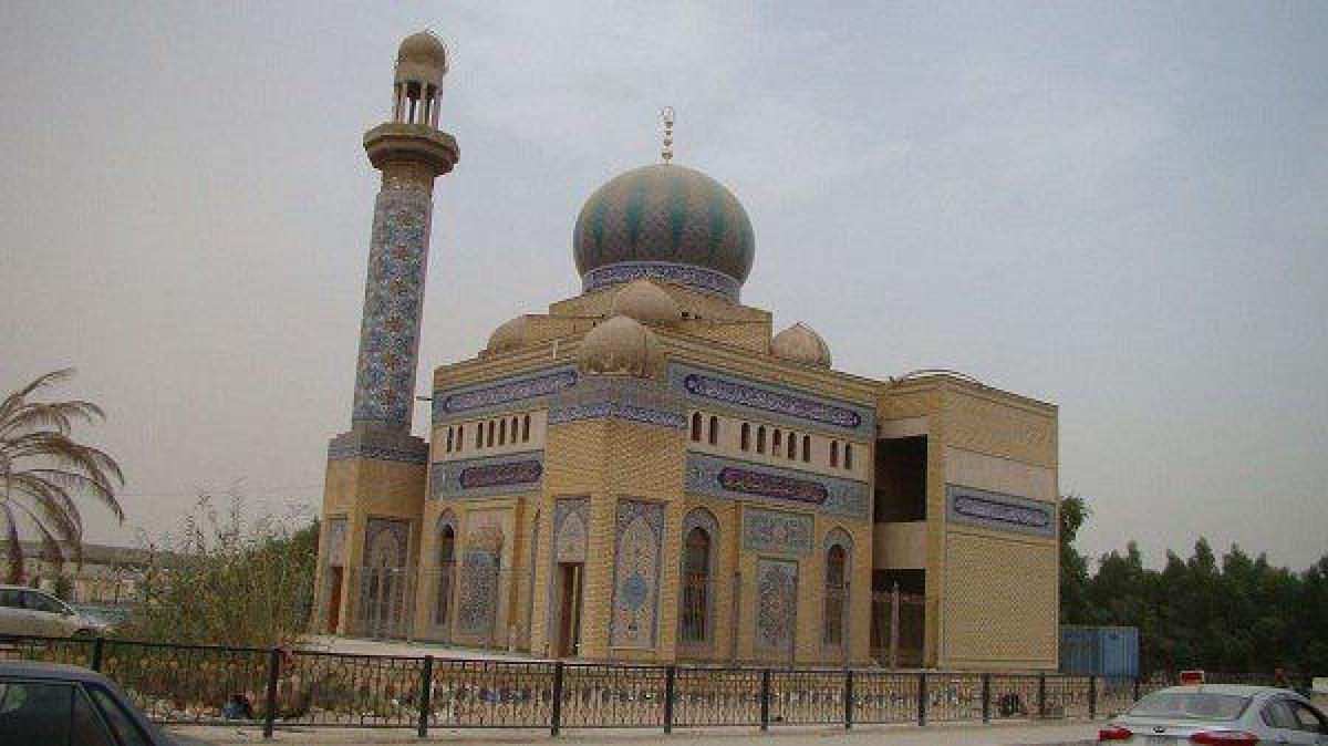 أمين مسجد الكوفة يتفقد الخدمات المقدمة للزائرين في مسجد صعصعة بن صوحان (رض)